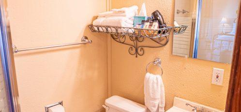 Magpie Inn - Room 3 - Bathroom